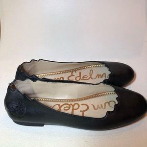 SAM EDELMAN Black scallop leather flats shoes